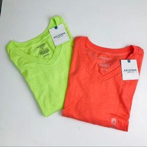 Arizona Small V Neck Bright Shirt Set